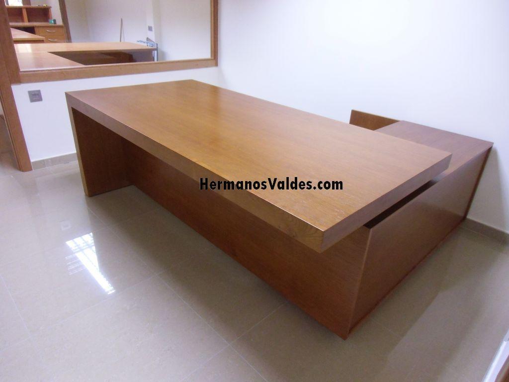 mesas despacho en madera de roble con diseo italiano